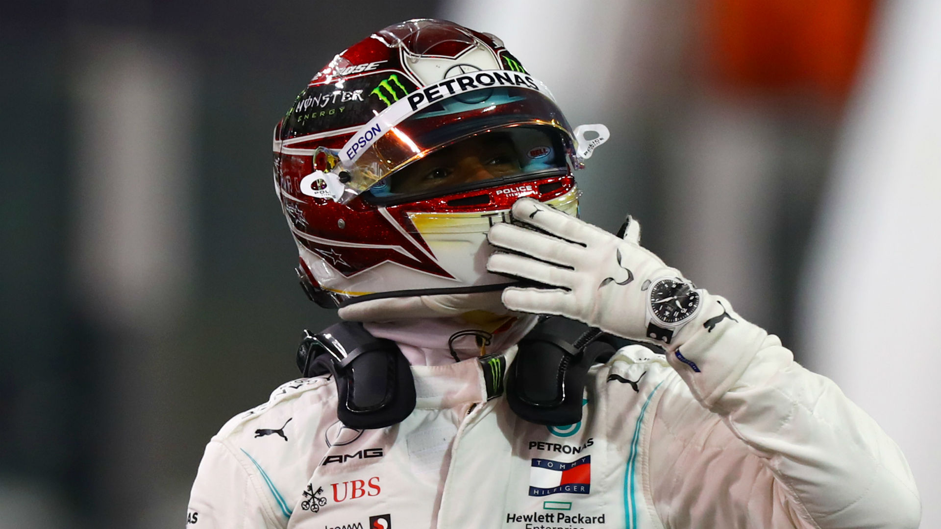 The first compliment I've had from Ferrari! - Hamilton thanks Binotto after public flirtation