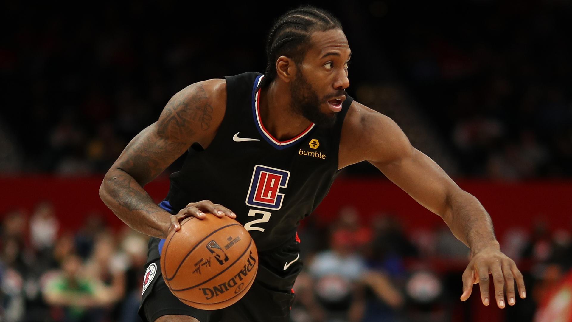 Clippers win in Leonard's Toronto return, Bucks stretch streak
