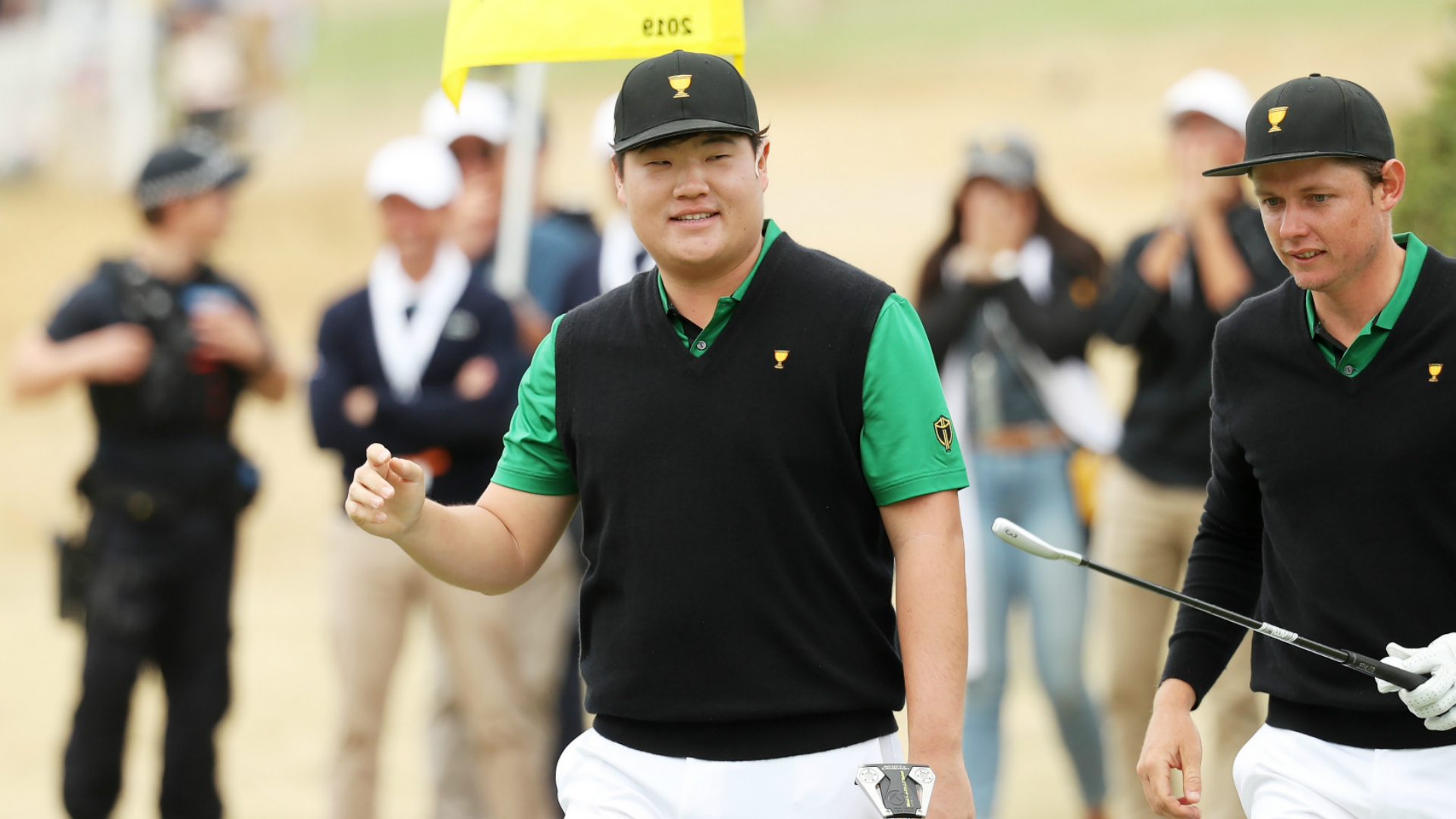 Presidents Cup 2019: Internationals stay hot against Tiger's USA