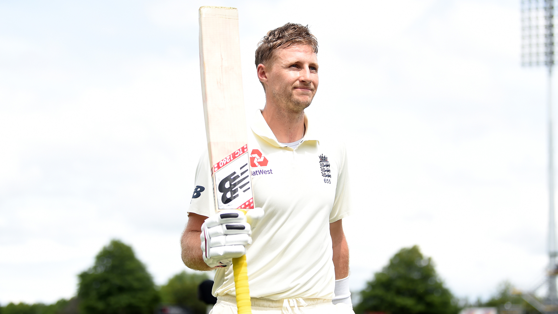 England keep second Test hopes alive after Root double century