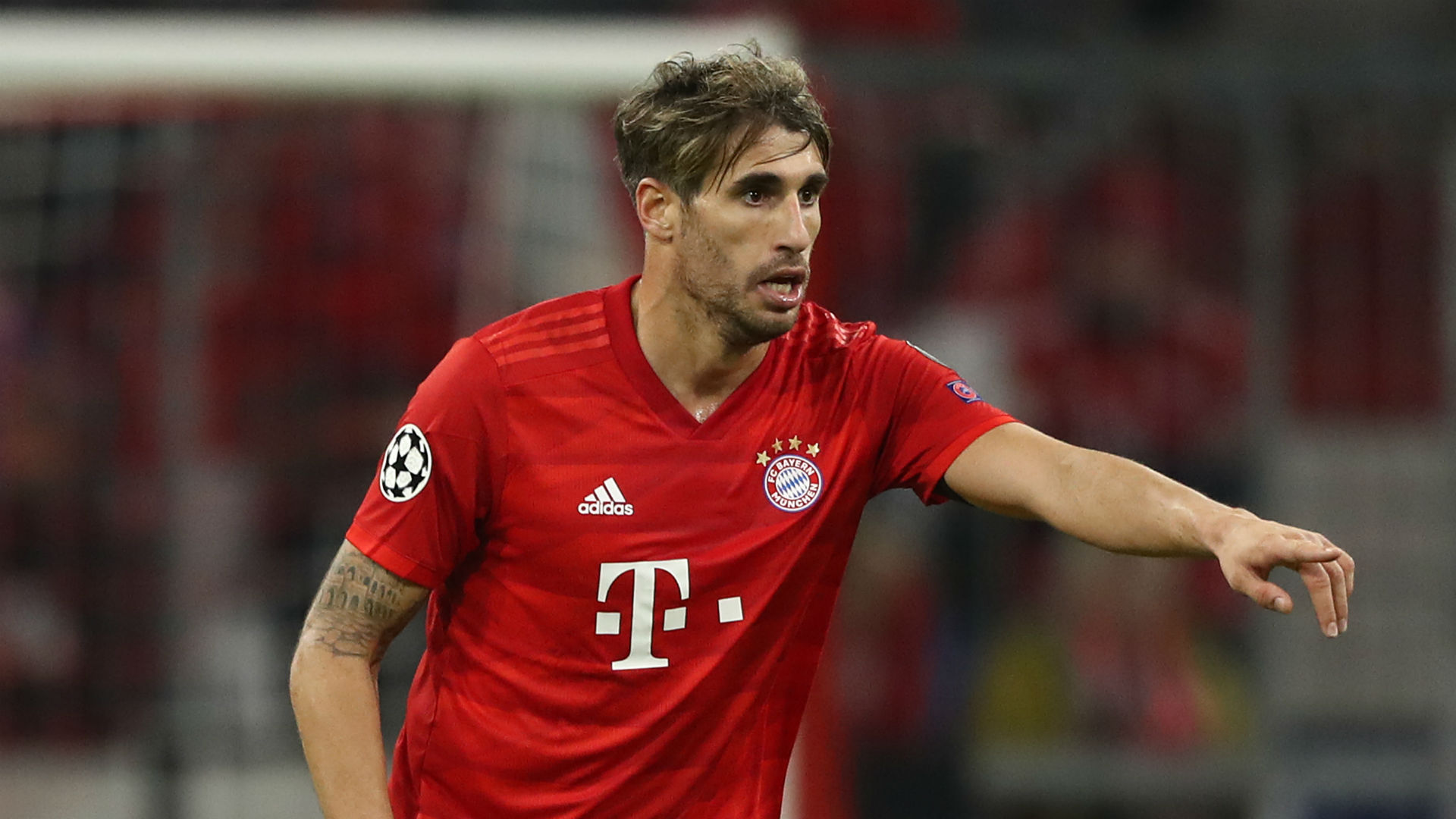 Martinez out for six weeks in further injury blow for Bayern