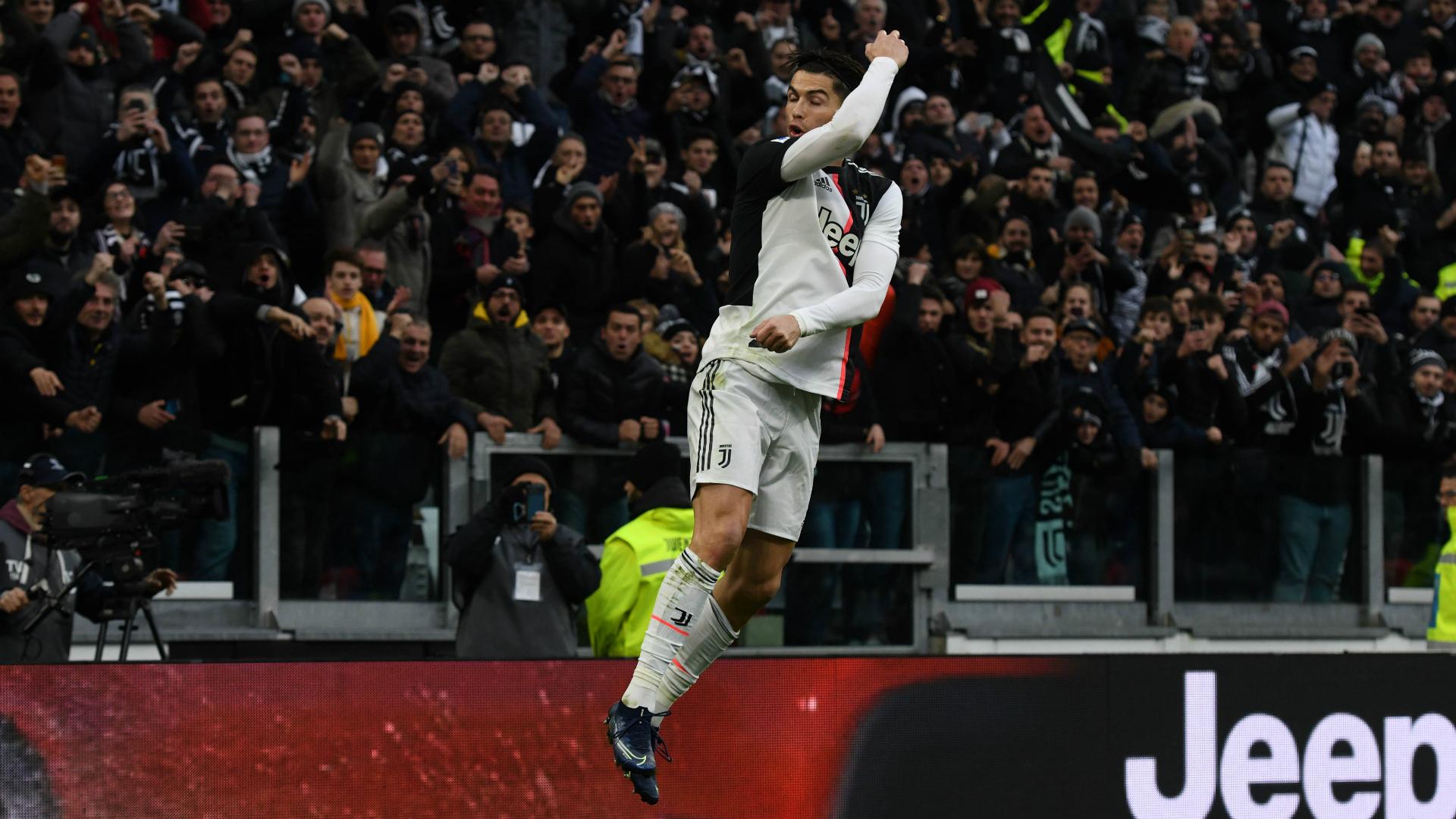 Ronaldo teaches Djokovic 'how to jump' in training video