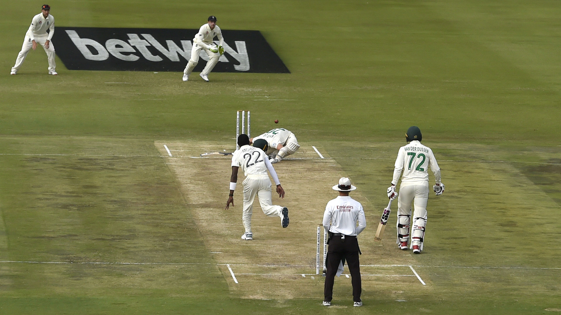 Philander angered by umpires' decision on Archer no-ball