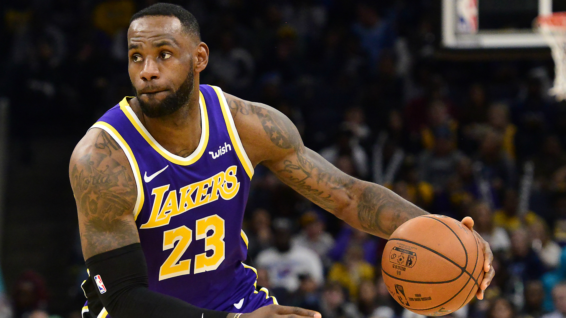 LeBron's Lakers snap skid, Jazz upstage Clippers