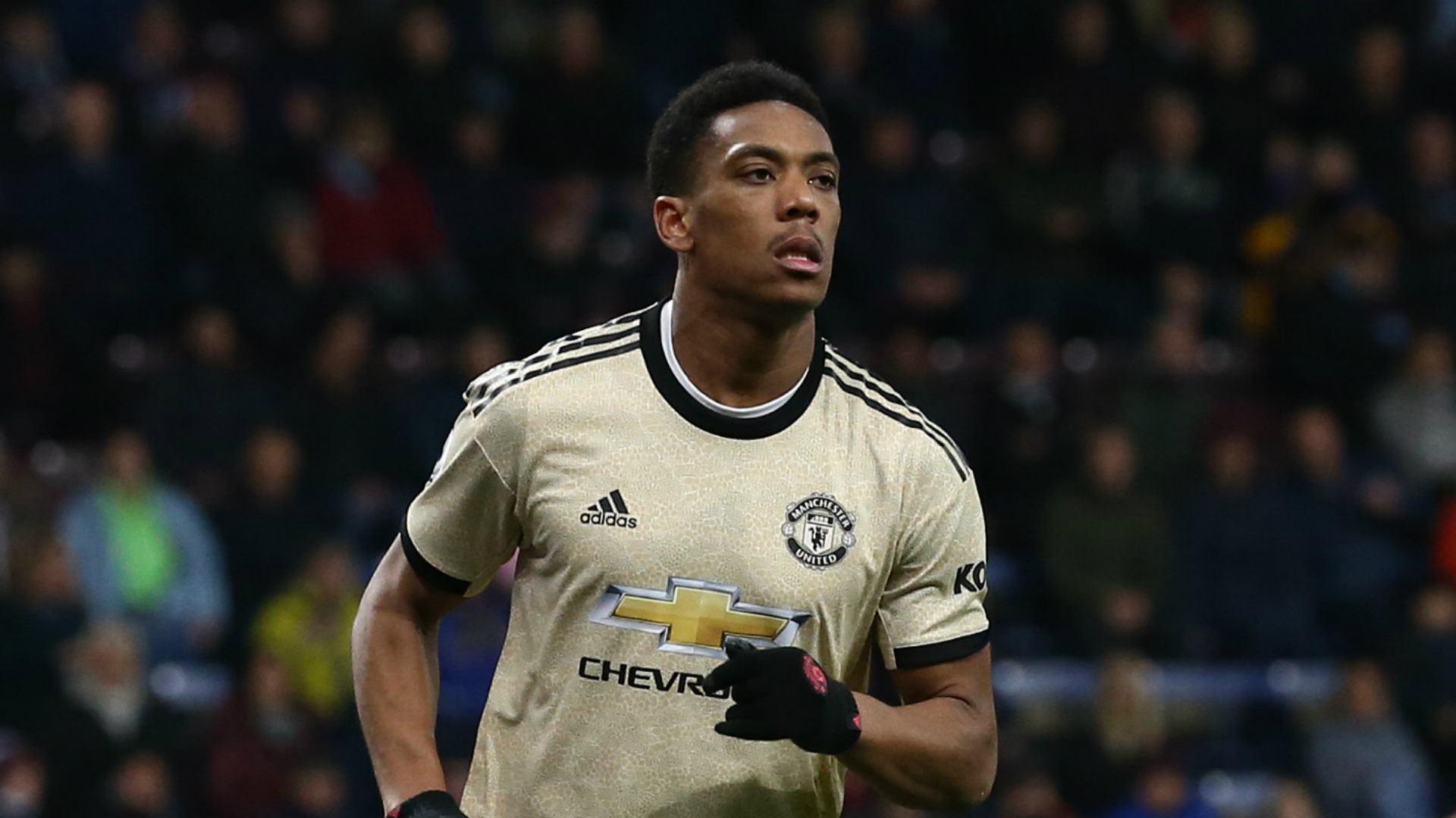 Burnley 0-2 Manchester United: Martial and Rashford send Solskjaer's men fifth