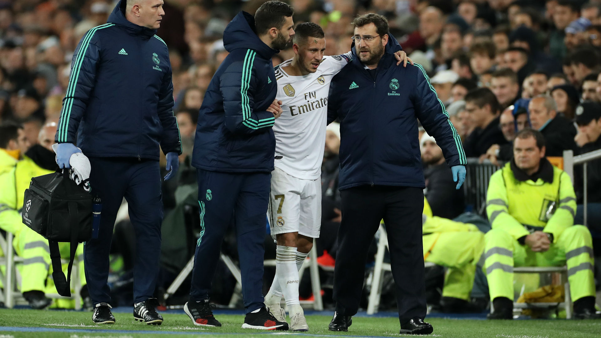 Eden Hazard set to miss El Clasico with small fracture in ankle