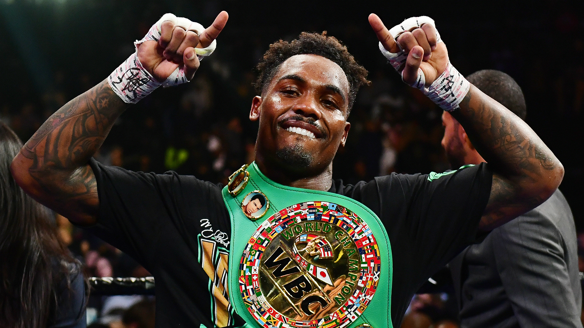 Charlo retains WBC middleweight title with brutal stoppage