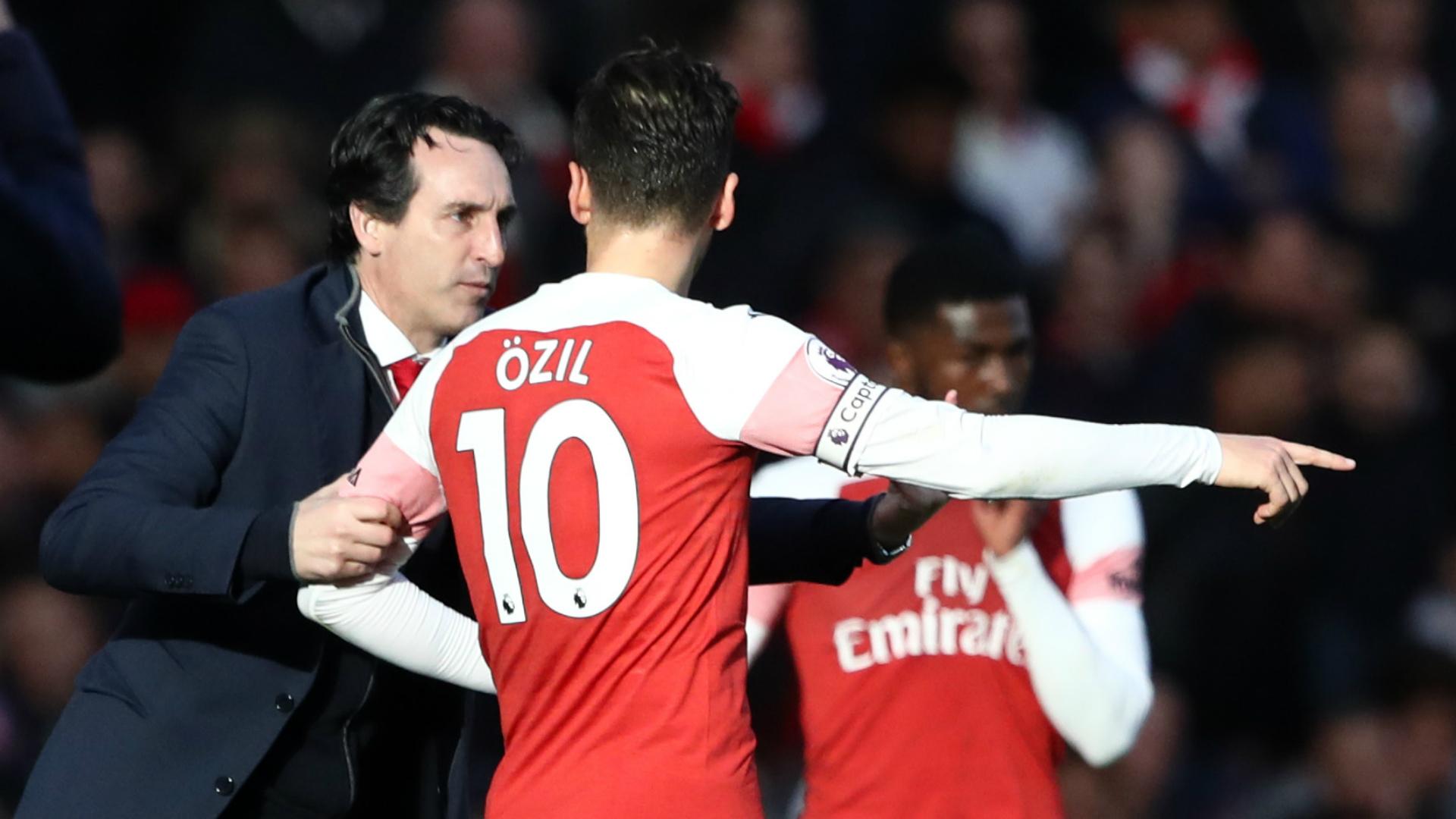 Emery Suarez Arrival Does Not Affect Ozil