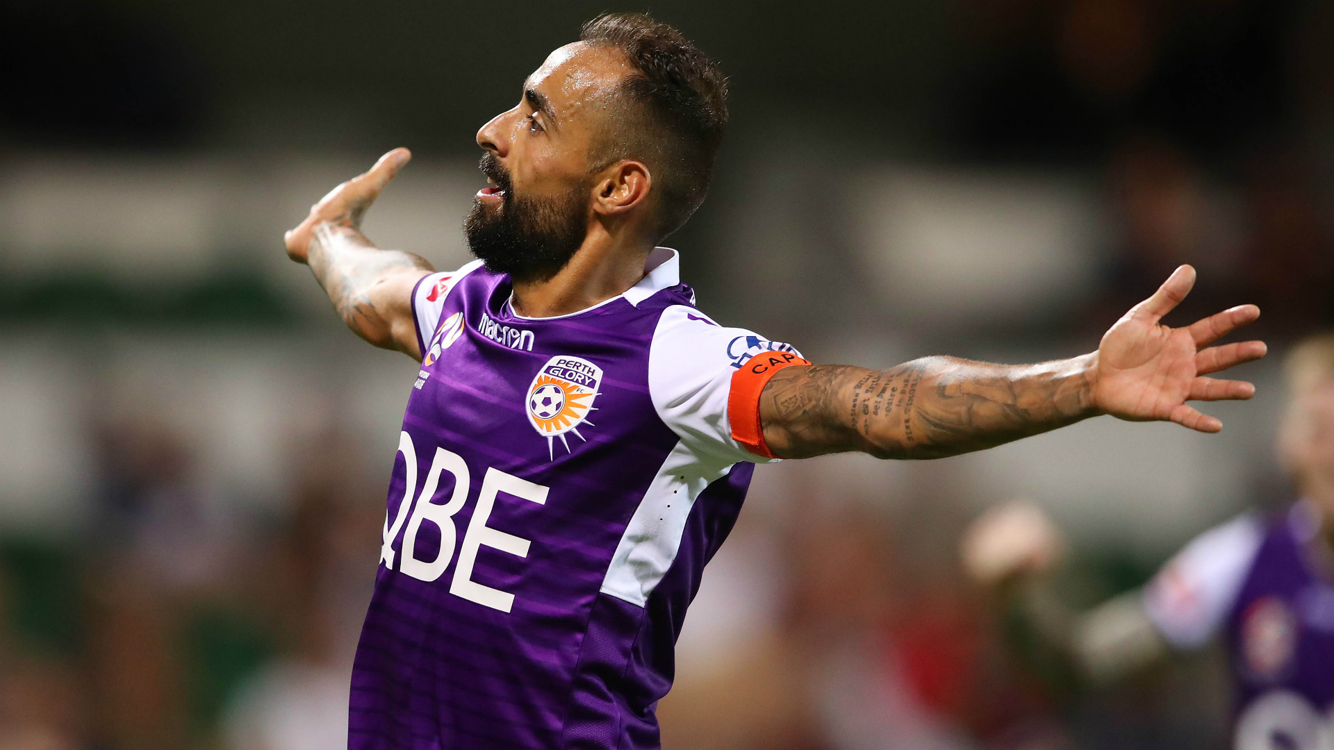 A-League Review: Perth Glory nine points clear after record defeat of Brisbane Roar