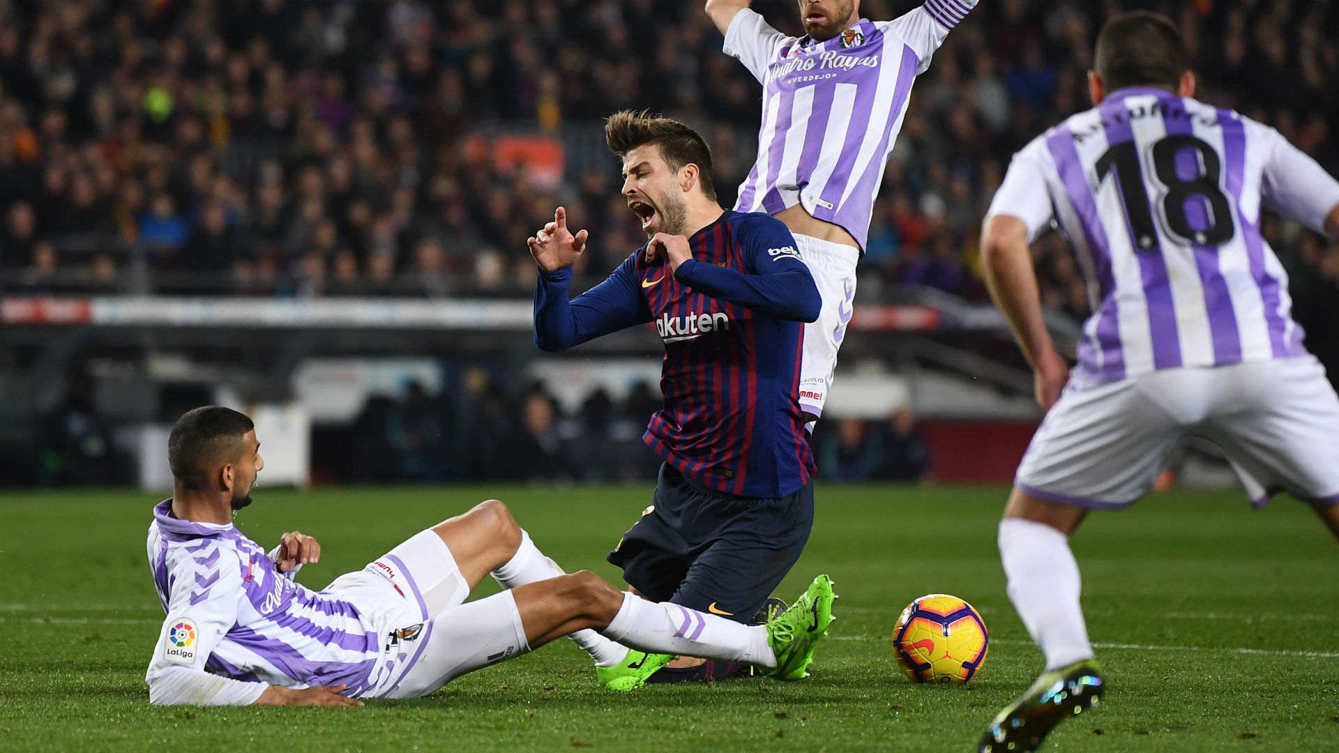 Lyon will punish Barca in this form, Pique warns