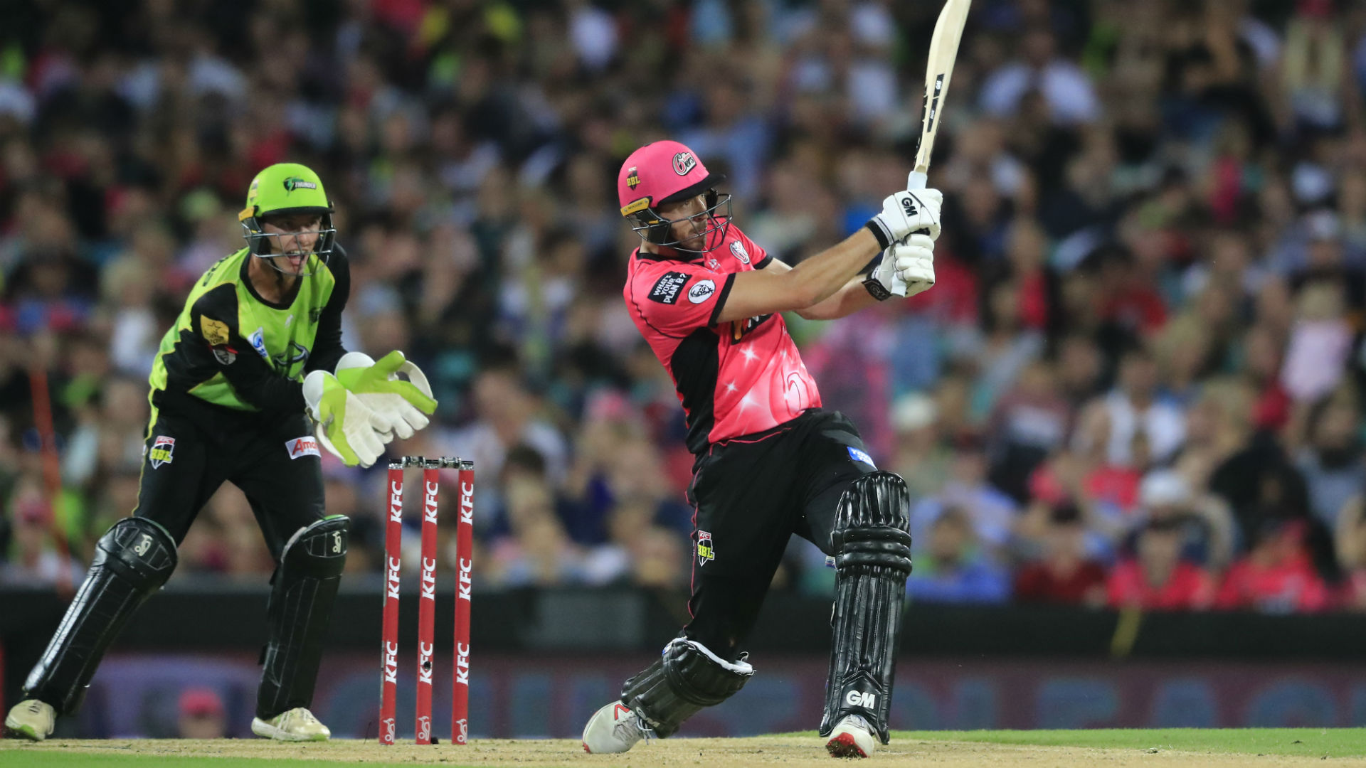 Sixers cruise into Big Bash semis by thumping Thunder