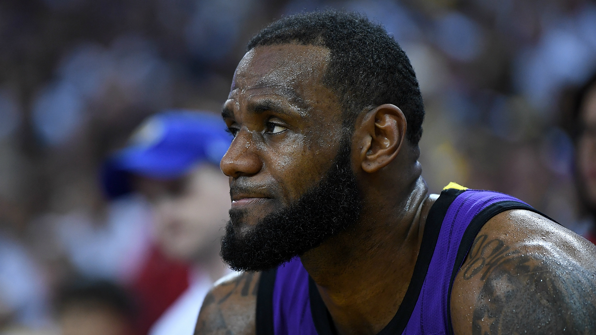 LeBron James scolds 'distracted' Lakers teammates:  'Just come and do your job'