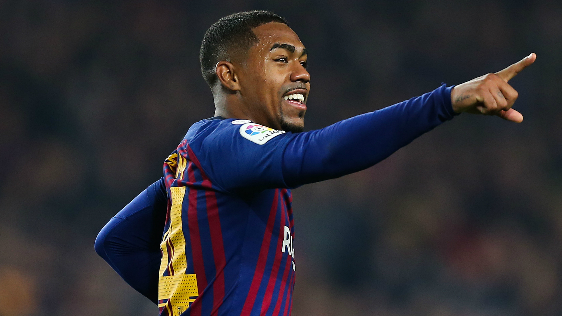 Clasico star Malcom denies feeling pressure at Barcelona