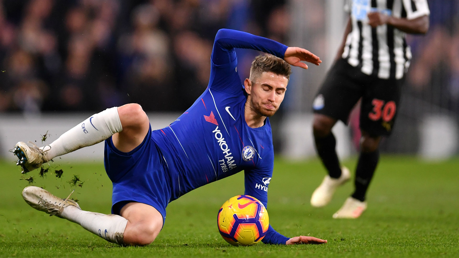 Sarri demands Jorginho back-up after Fabregas exit