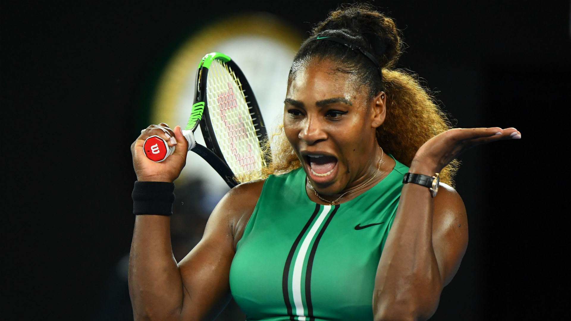 Serena coasts, difficulties for Halep and Muguruza's marathon