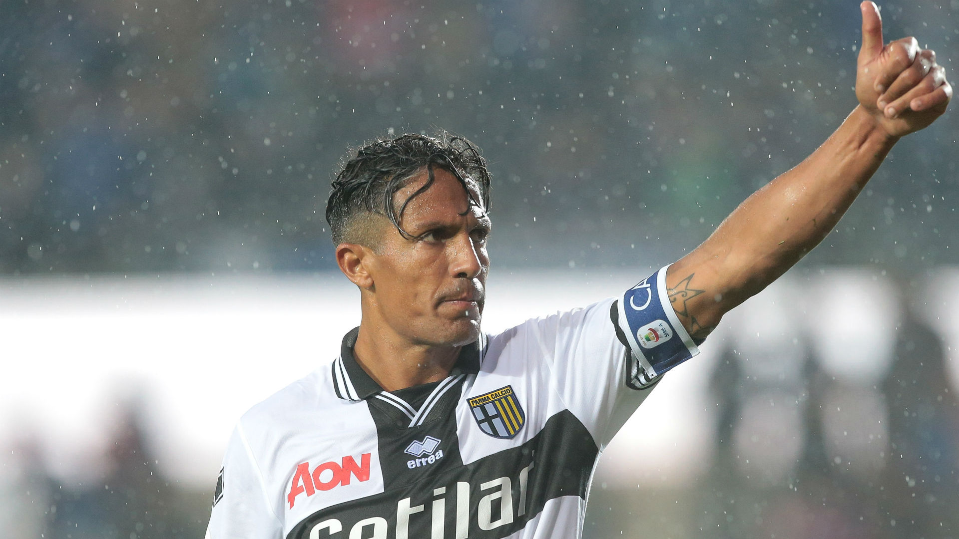 Parma rule out Juventus switch for Alves