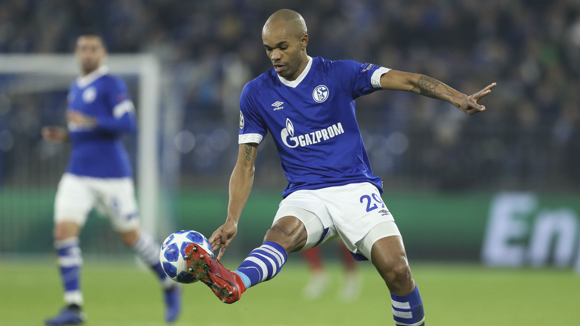 Struggling Monaco bring in Naldo from Schalke