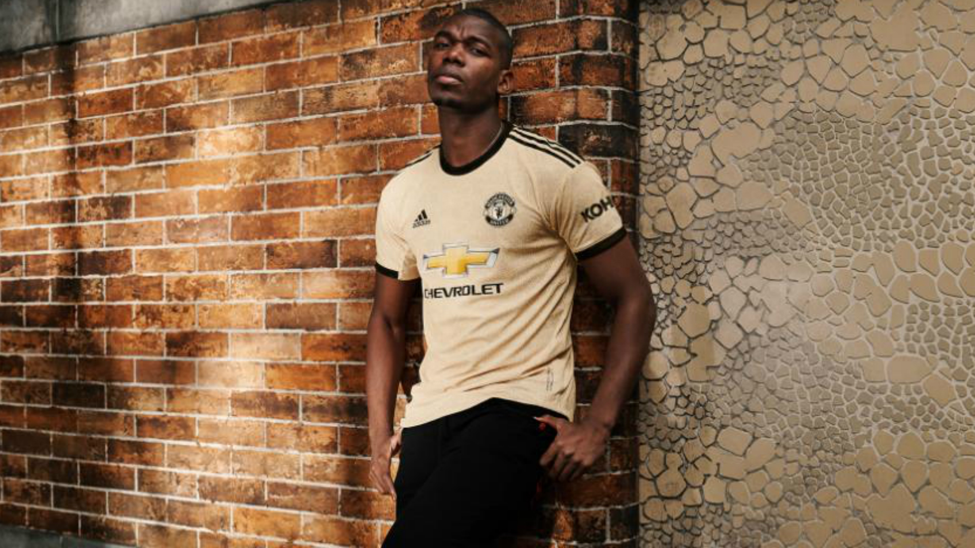 Wantaway Pogba models new Manchester United away kit
