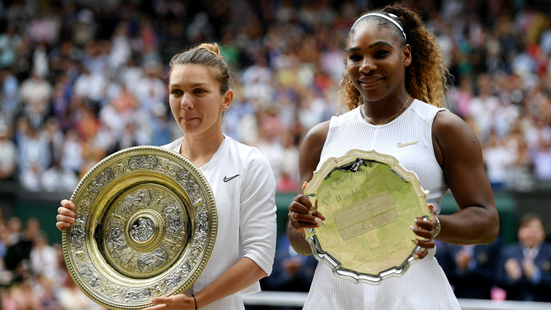 Halep happy to shrug off Serena fear factor for Wimbledon glory