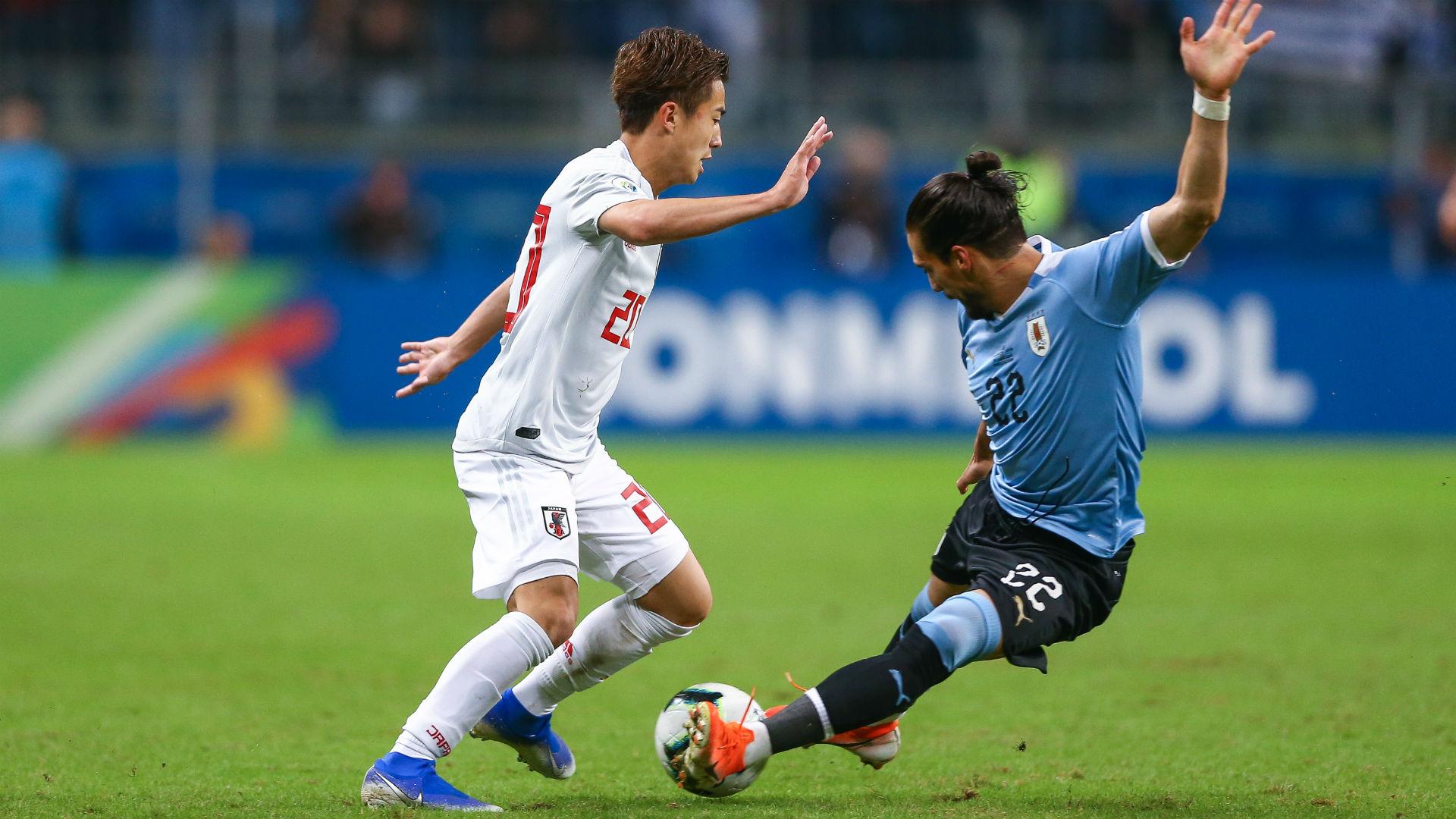 Barcelona complete Hiroki Abe signing from Kashima Antlers