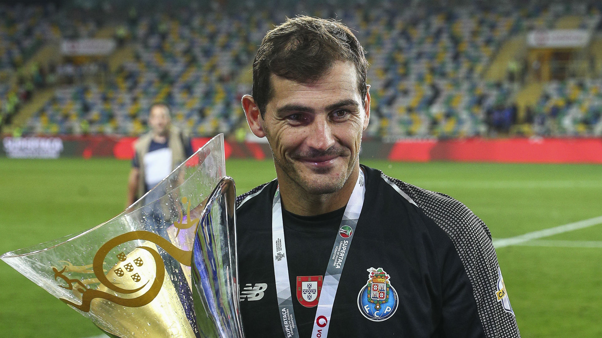 Casillas to join Porto's backroom staff as he continues recovery from heart attack
