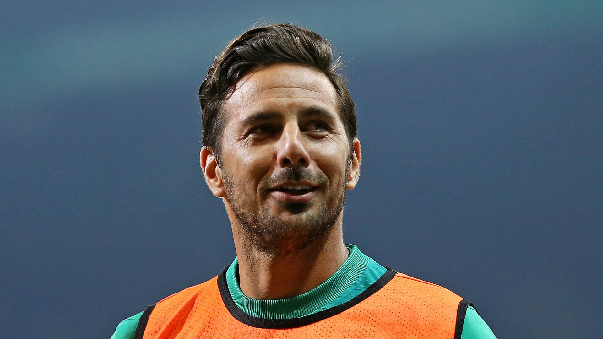 Werder veteran Pizarro confirms retirement plans
