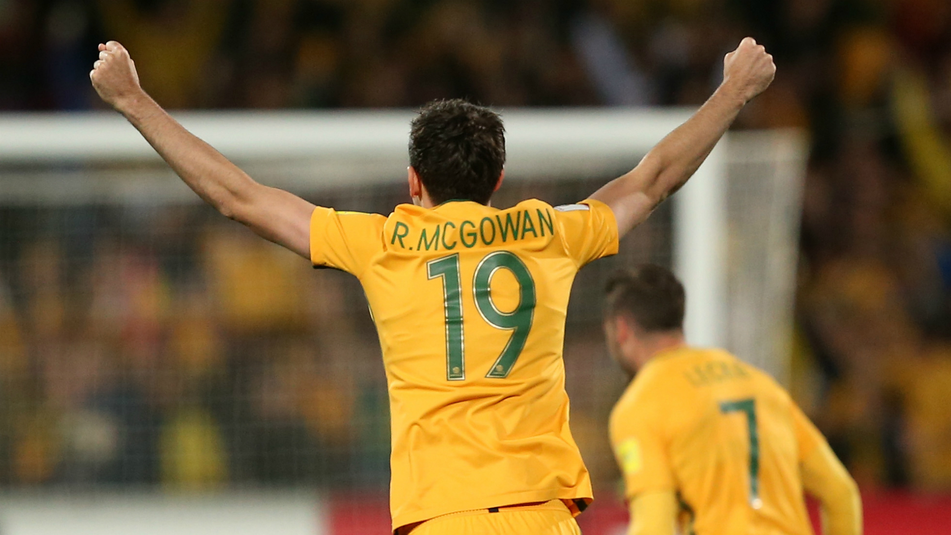 Sydney FC snap up Socceroos defender McGowan