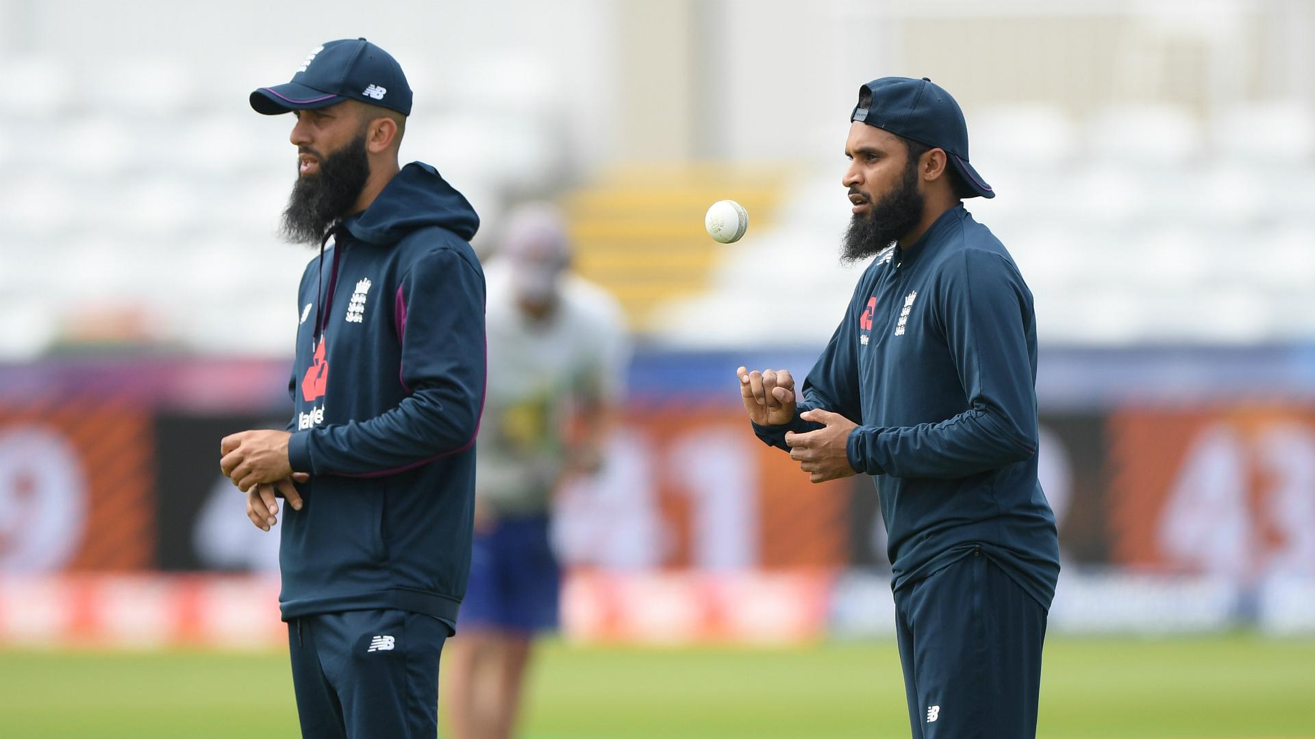 Mushtaq salutes England spin pair Moeen and Rashid