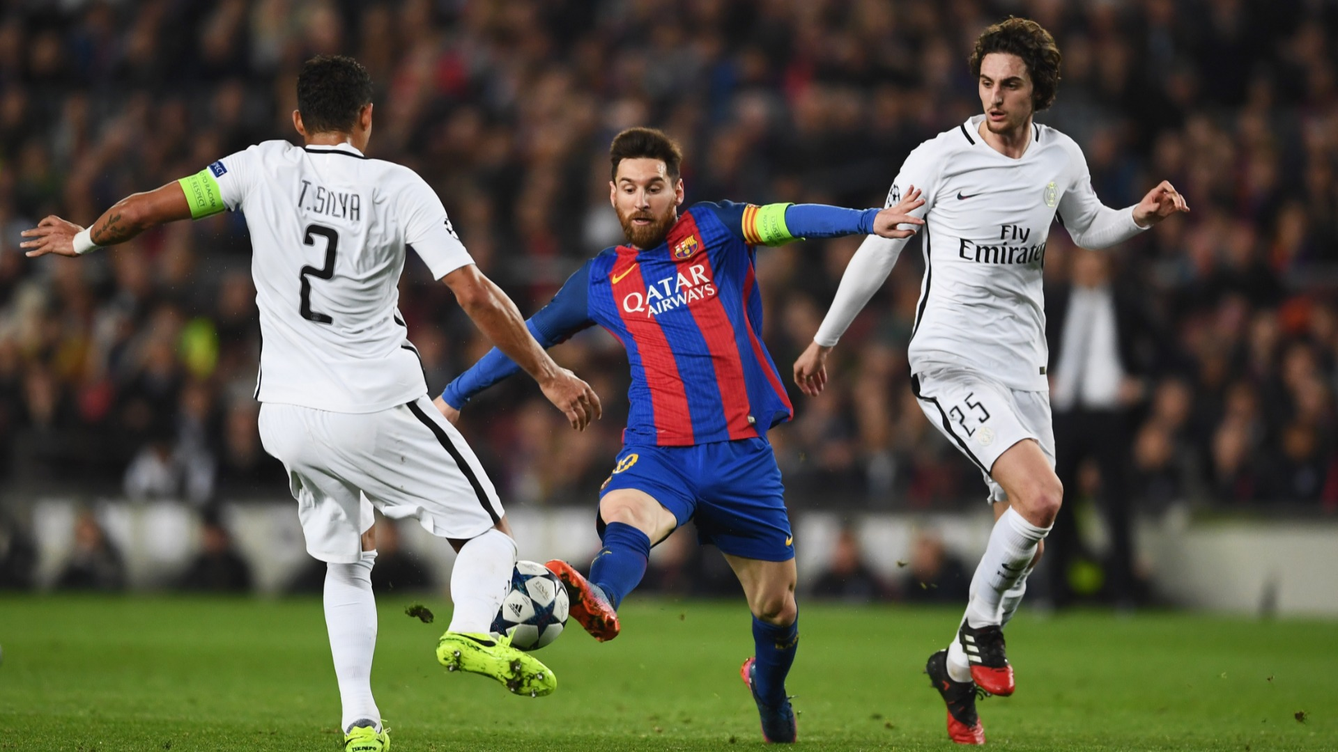 Messi played the referee against PSG, claims Silva