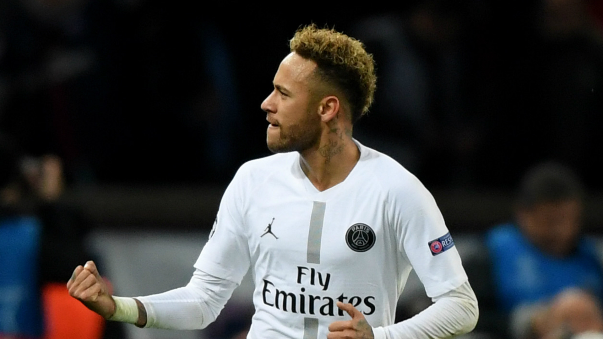 Neymar will answer his critics on the pitch - Alves leaps to defence of under-fire PSG star