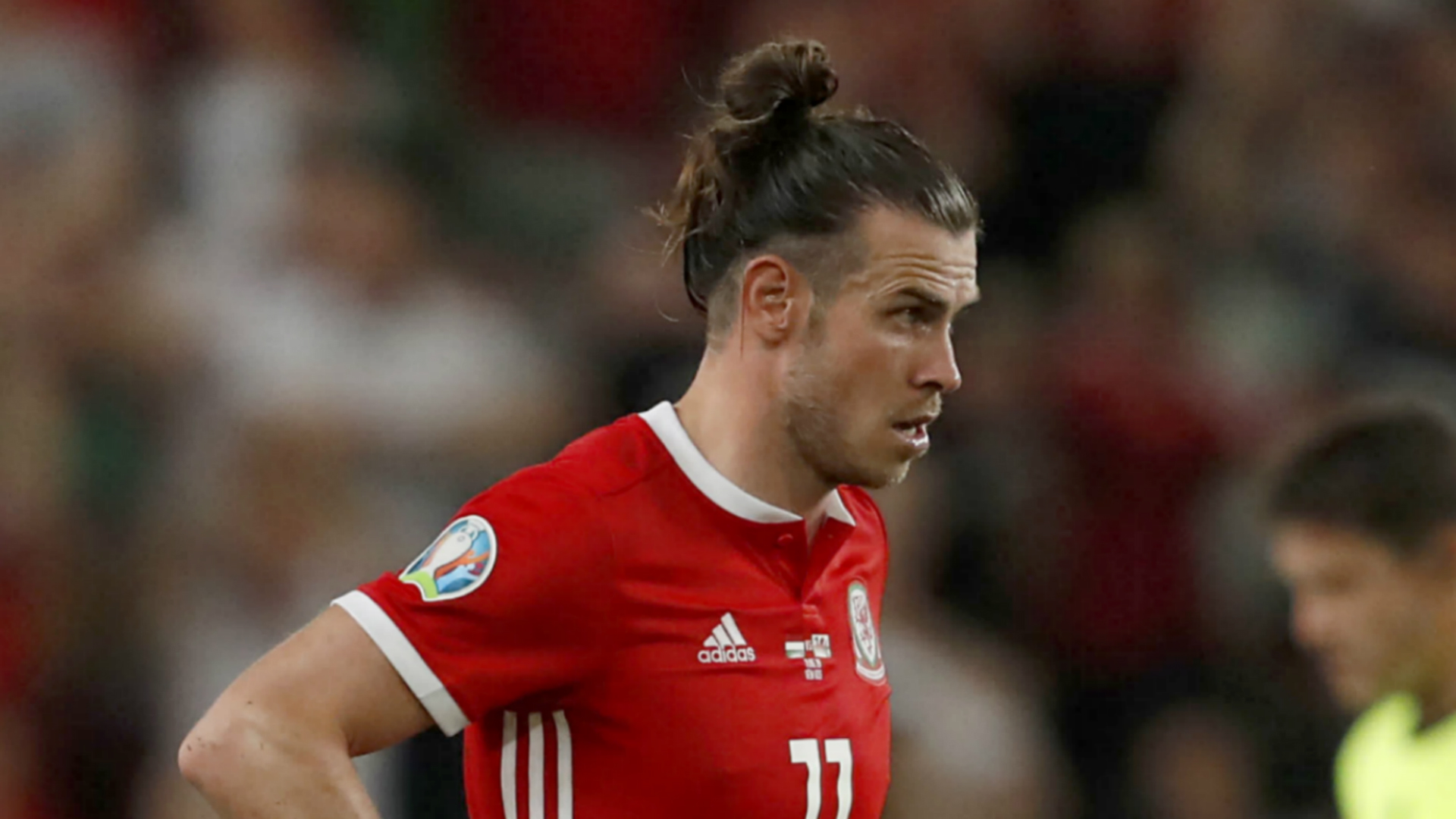 Giggs admits struggle to find effective role for Bale