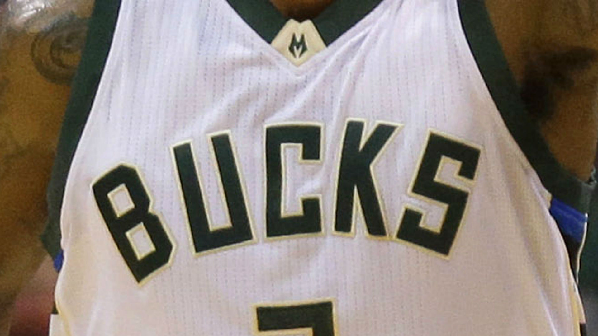 Grizzlies hire Bucks assistant Taylor Jenkins as new coach