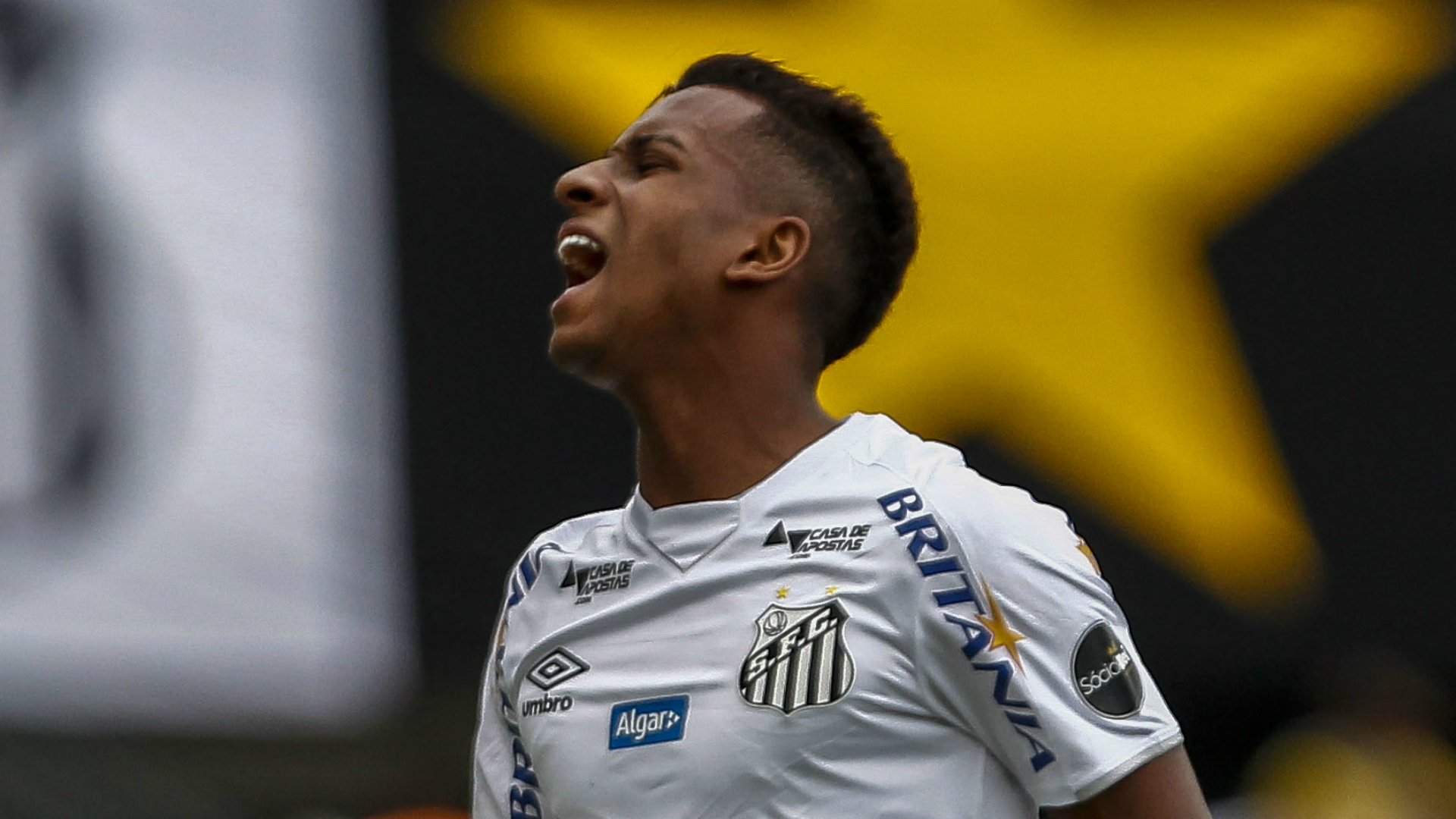 Real Madrid-bound Rodrygo Goes bids Santos emotional goodbye