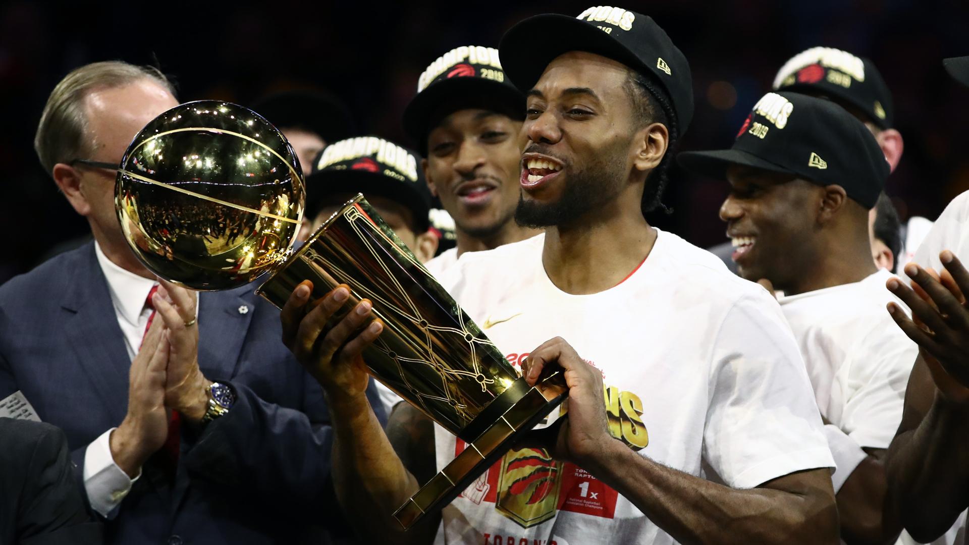 Leonard revels in Raptors' NBA success