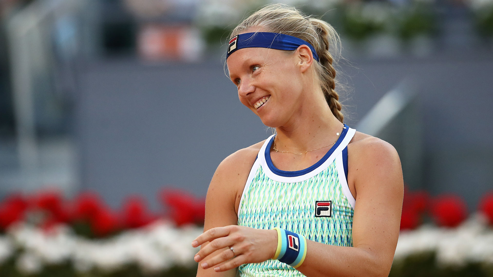 Bertens wins twice in a day to reach semi-finals on home soil