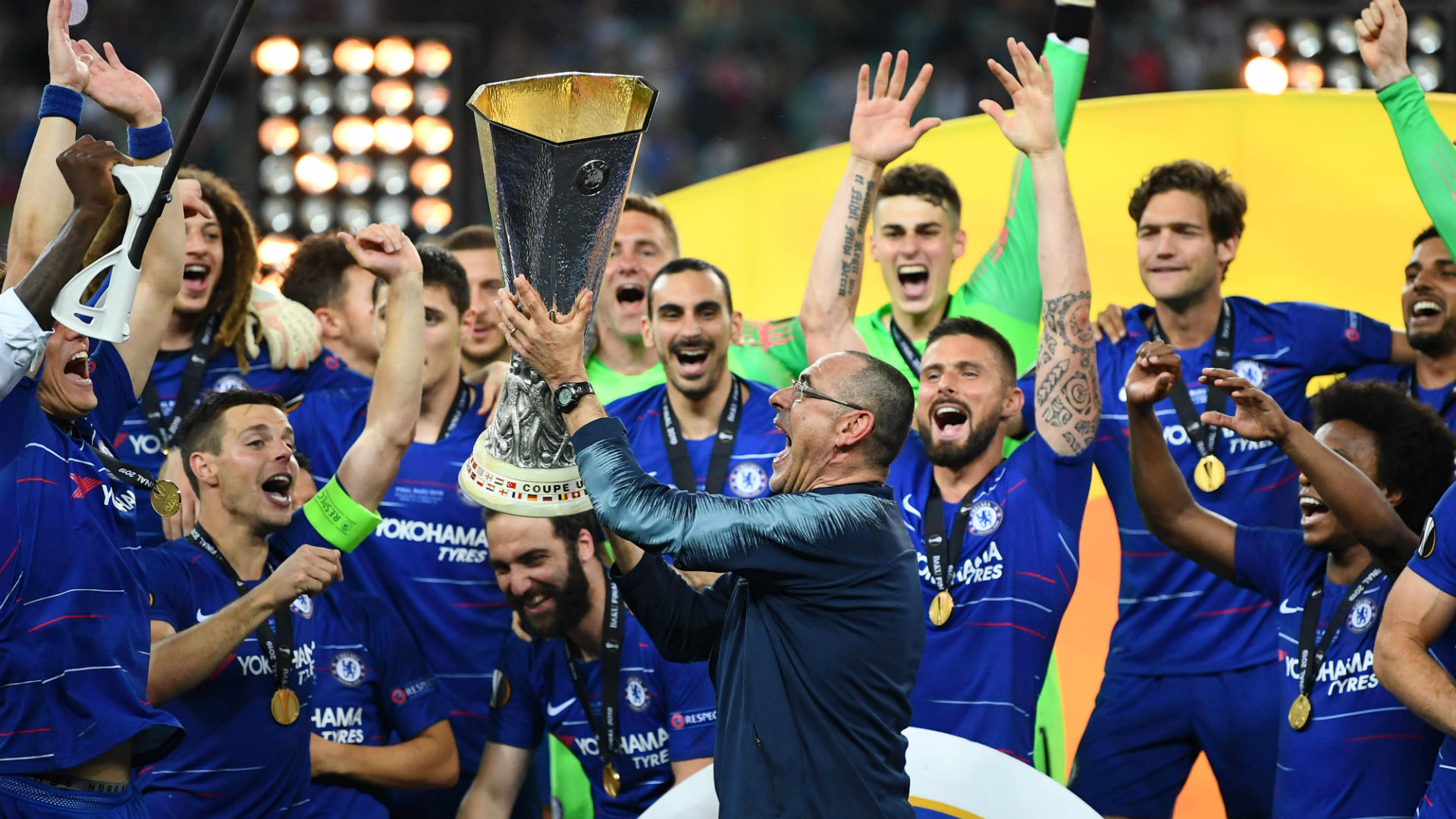 Sarri leaves Chelsea and takes over at Juventus
