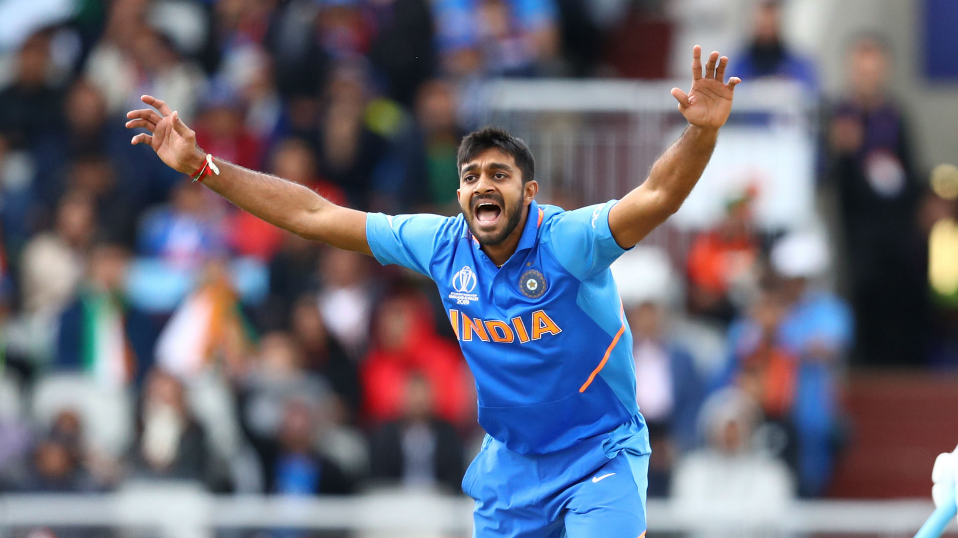 India's Bhuvneshwar goes off injured... and replacement Shankar strikes first ball