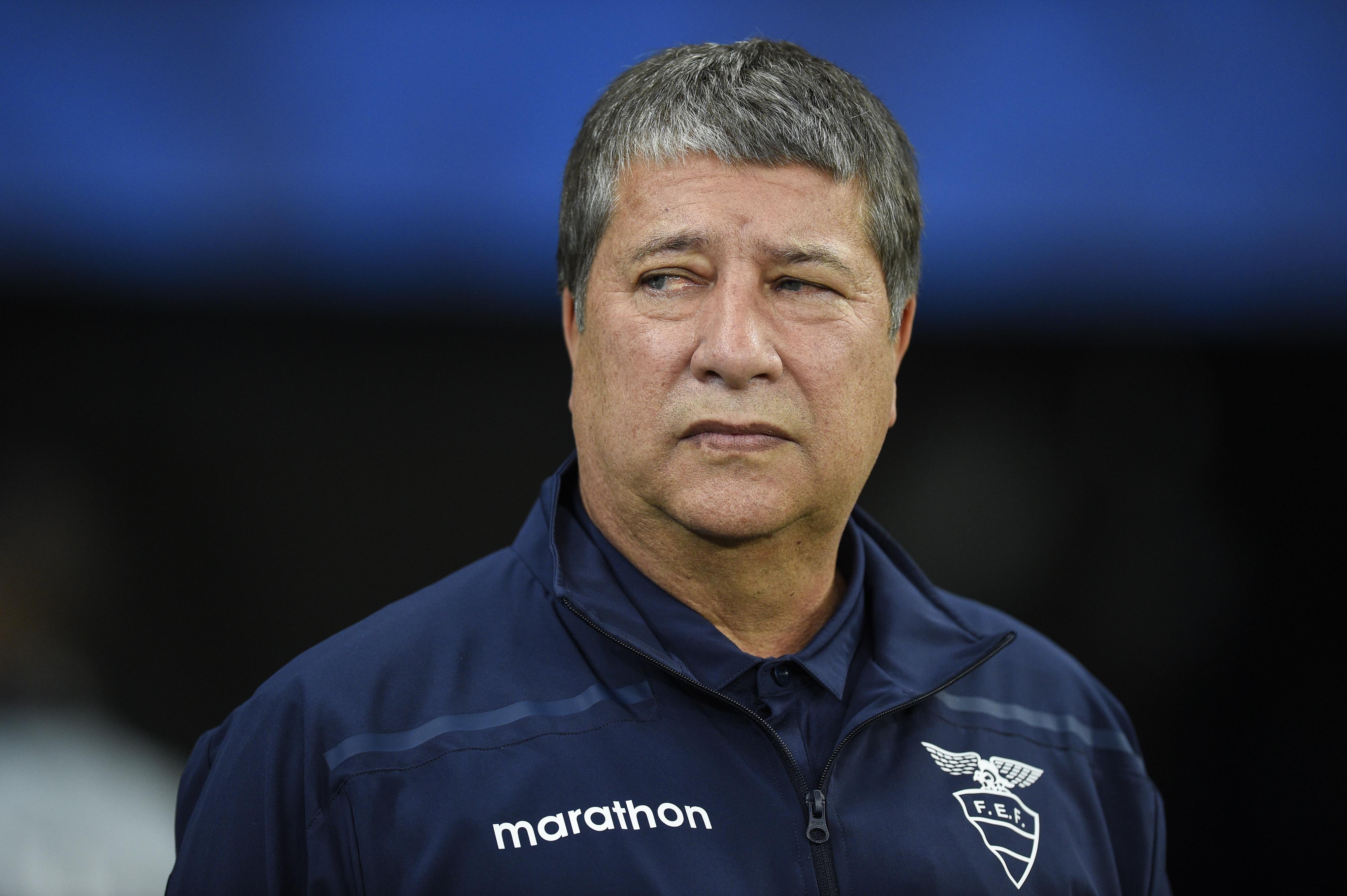 Ecuador v Chile: Gomez not to blame for 'crisis', claims FEF boss Egas