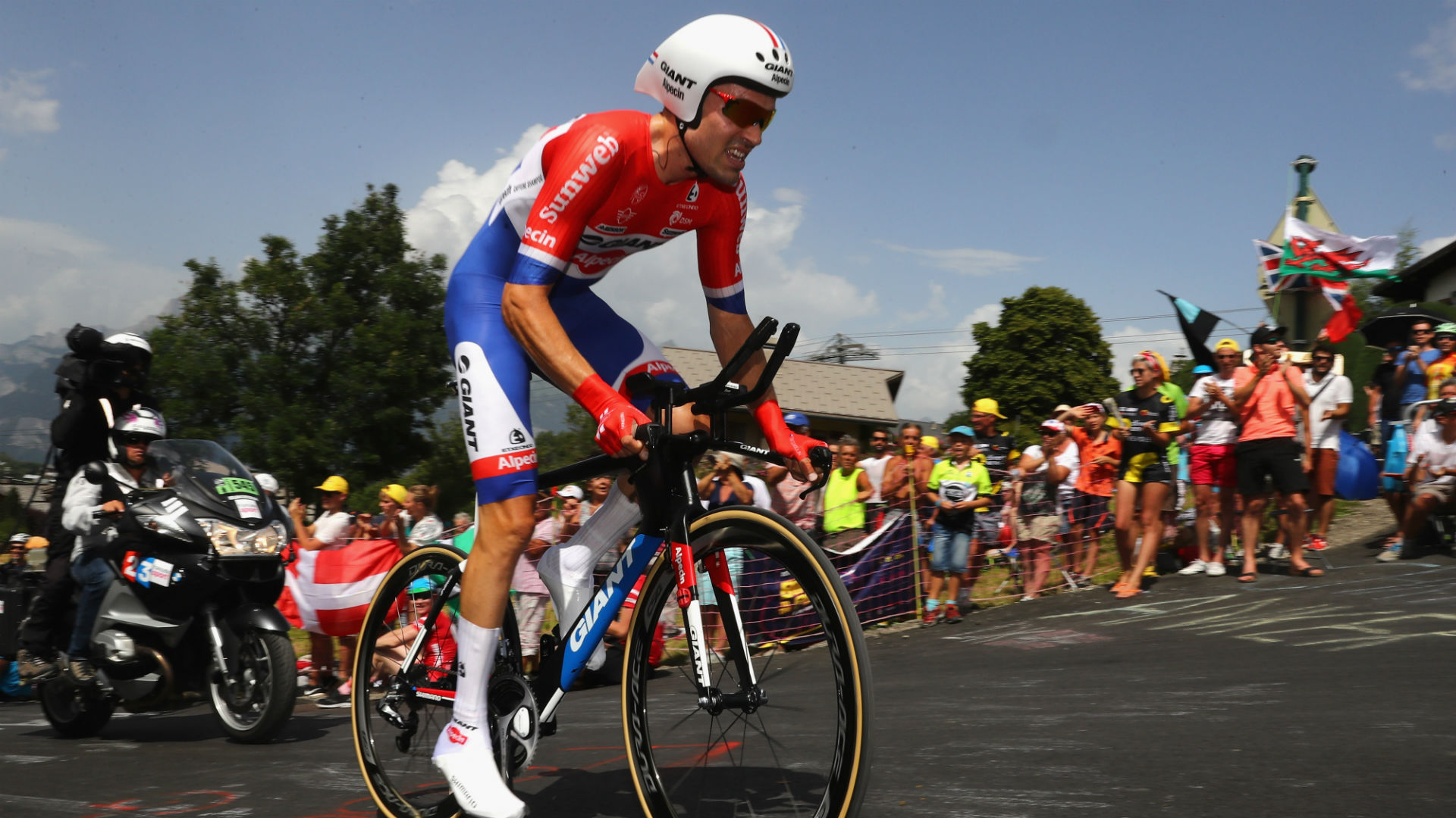 Dumoulin out of Tour de France as Froome leaves hospital
