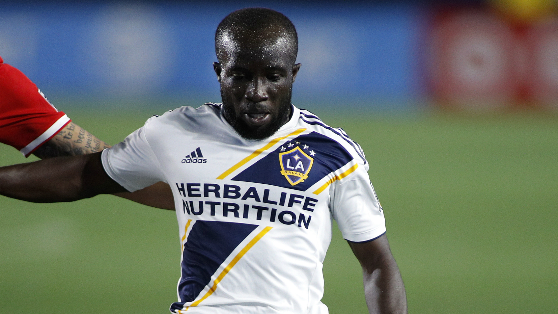 MLS Review: LA Galaxy bounce back, Fernandez equals record