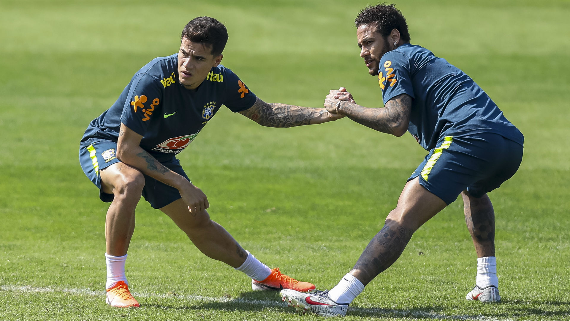 Coutinho, Arthur want Neymar back at Barcelona