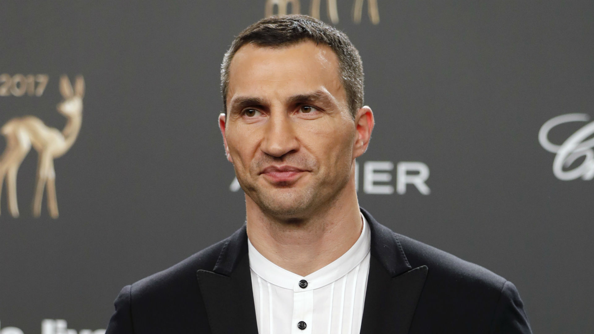 Wladimir Klitschko rescued from yacht after fire