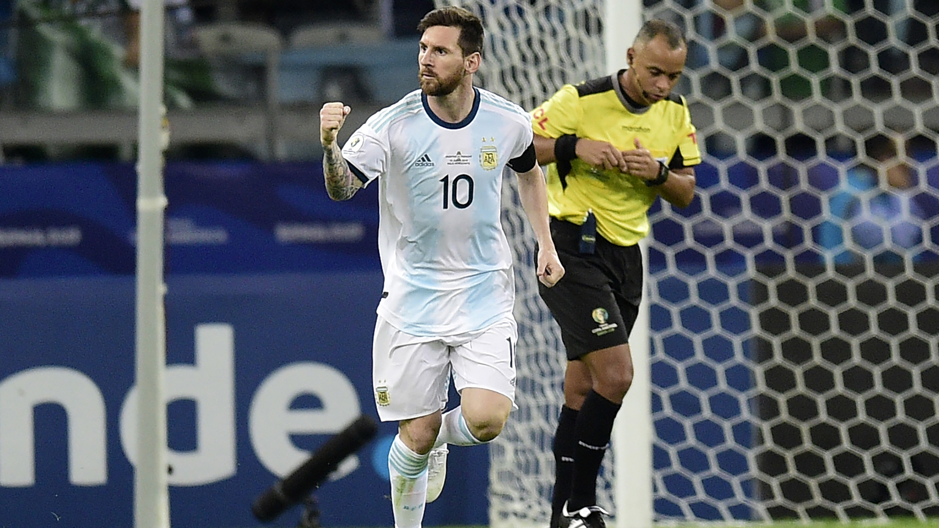 Messi is the greatest player of all-time – Silva