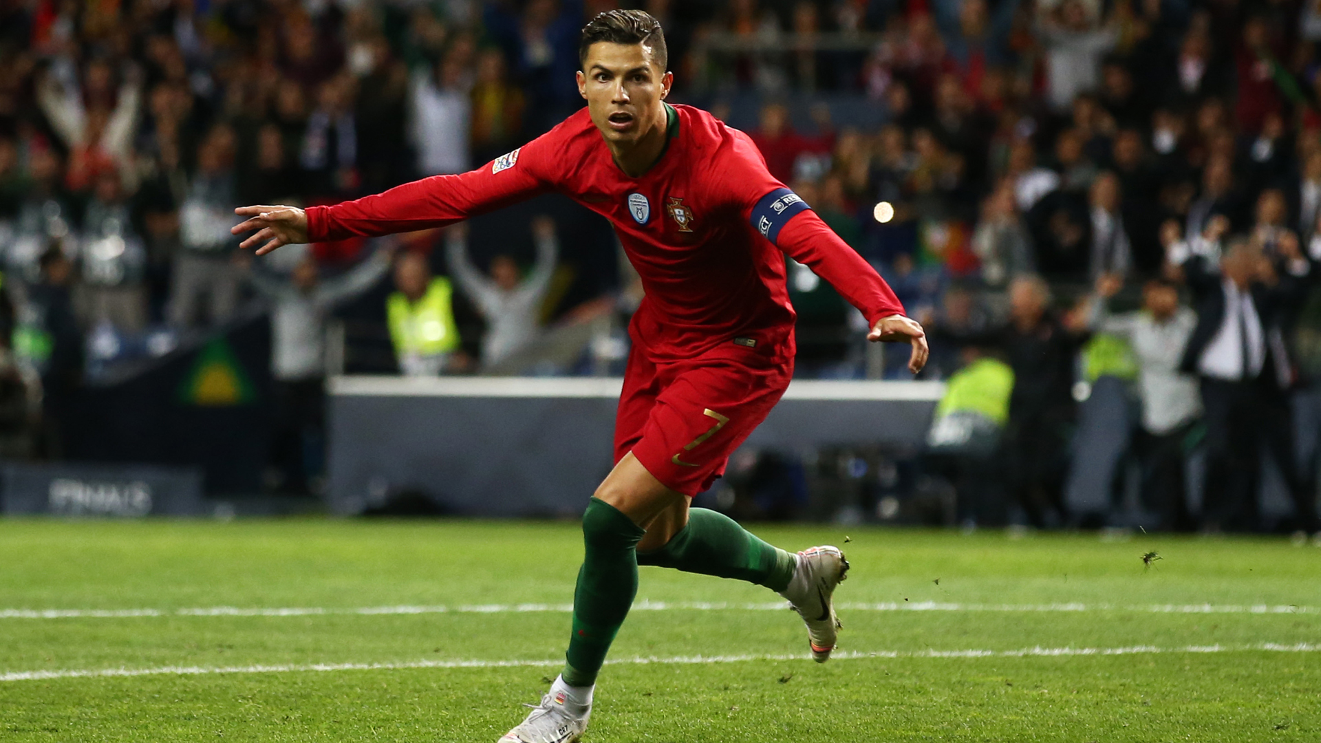 Ronaldo is a football genius – Santos hails Portugal star