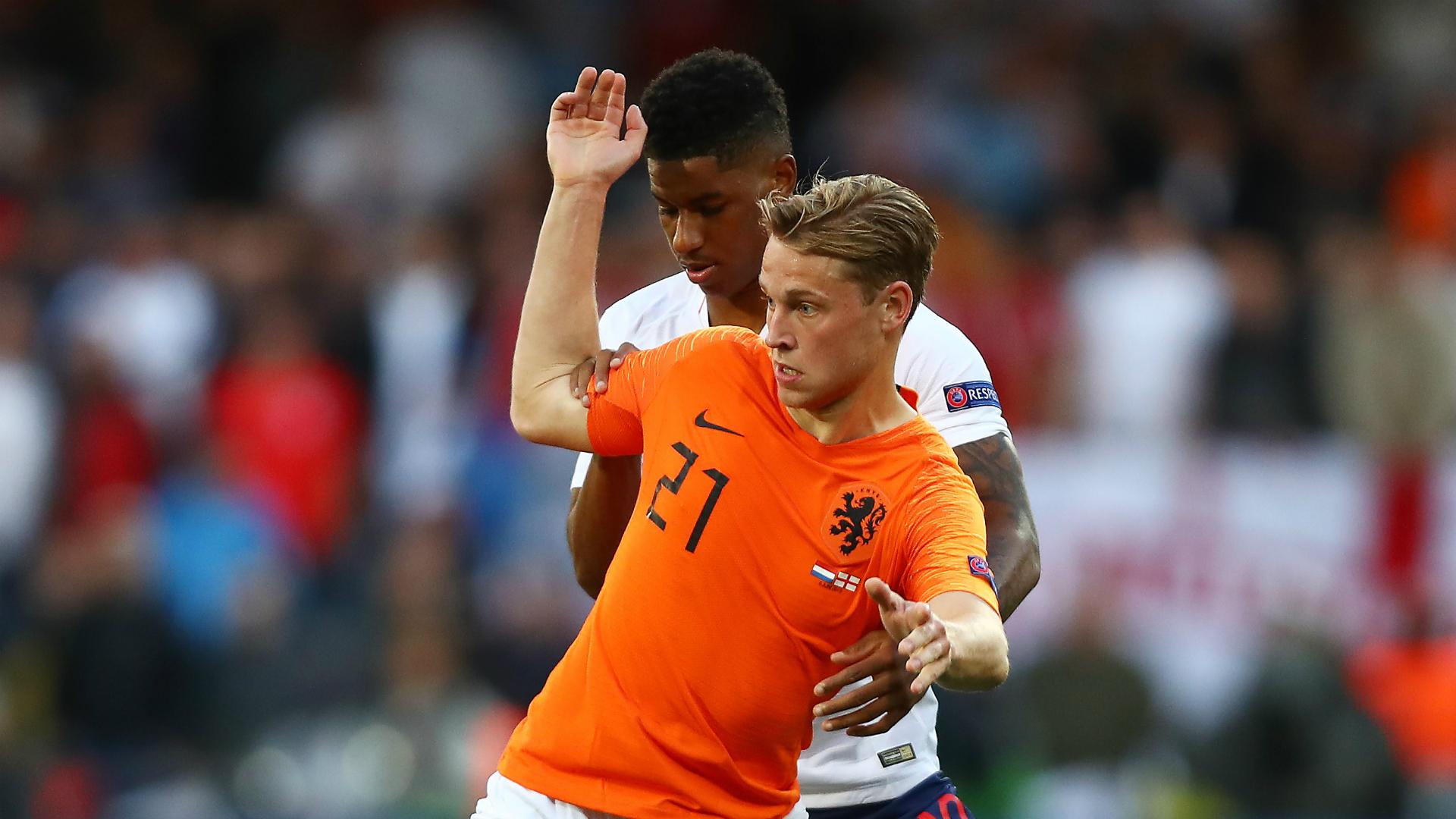 Koeman hails De Jong's defensive display