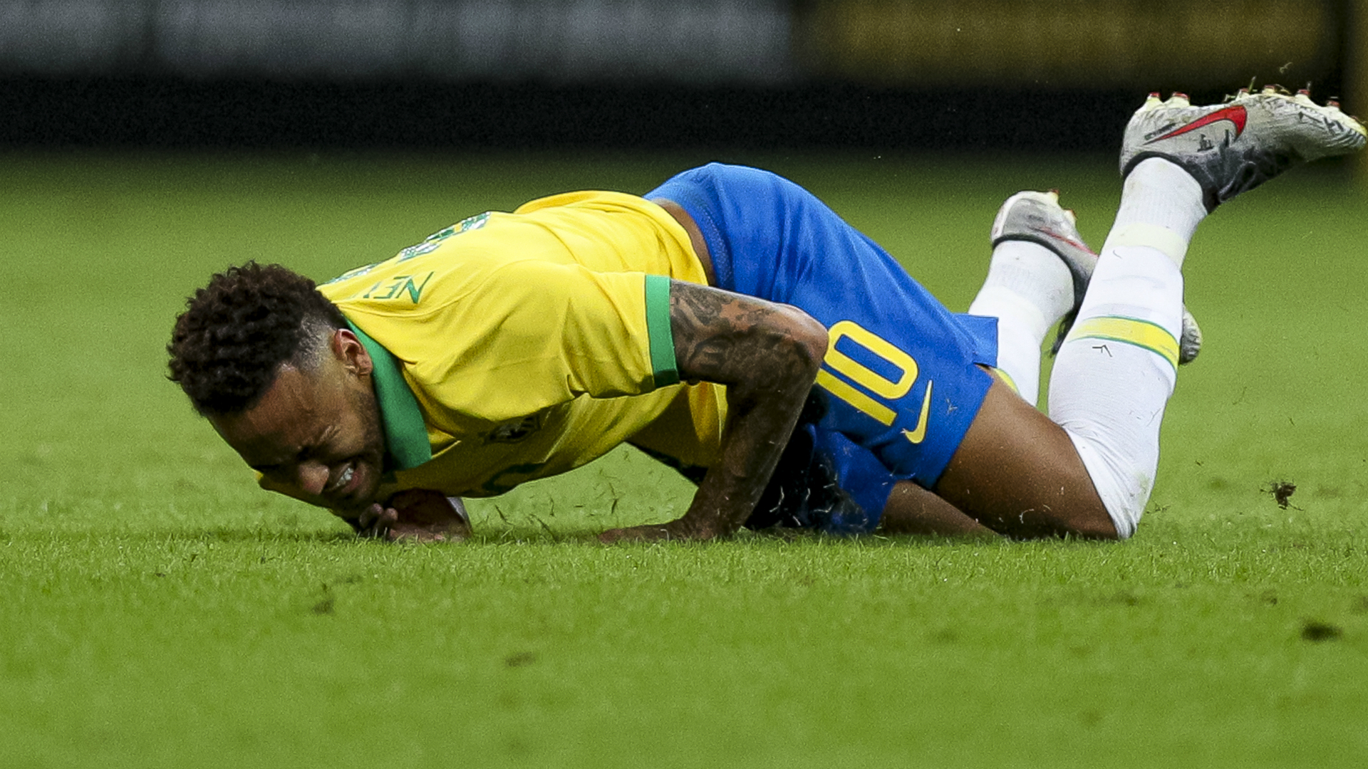 Neymar to be assessed by PSG after ankle injury