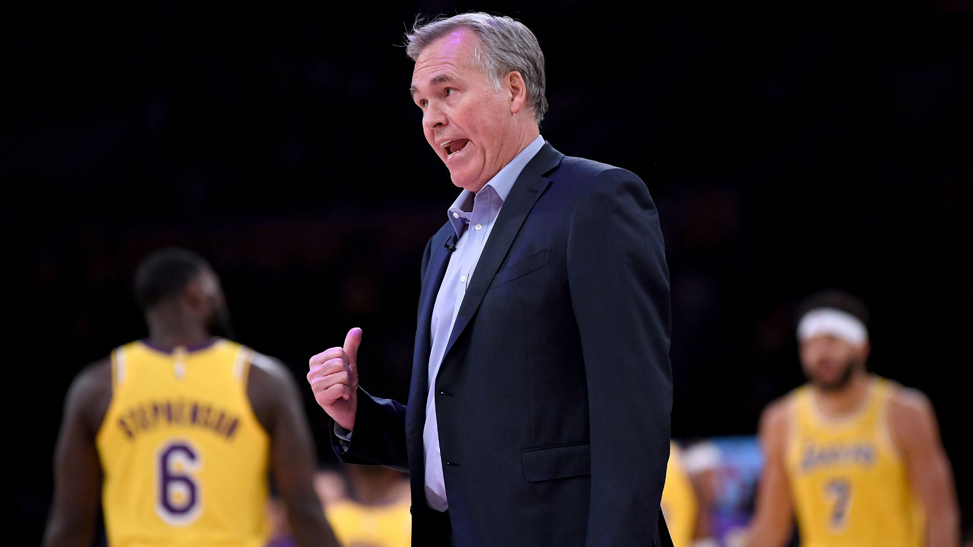 Everybody's got something to say - D'Antoni unconcerned by Curry comments