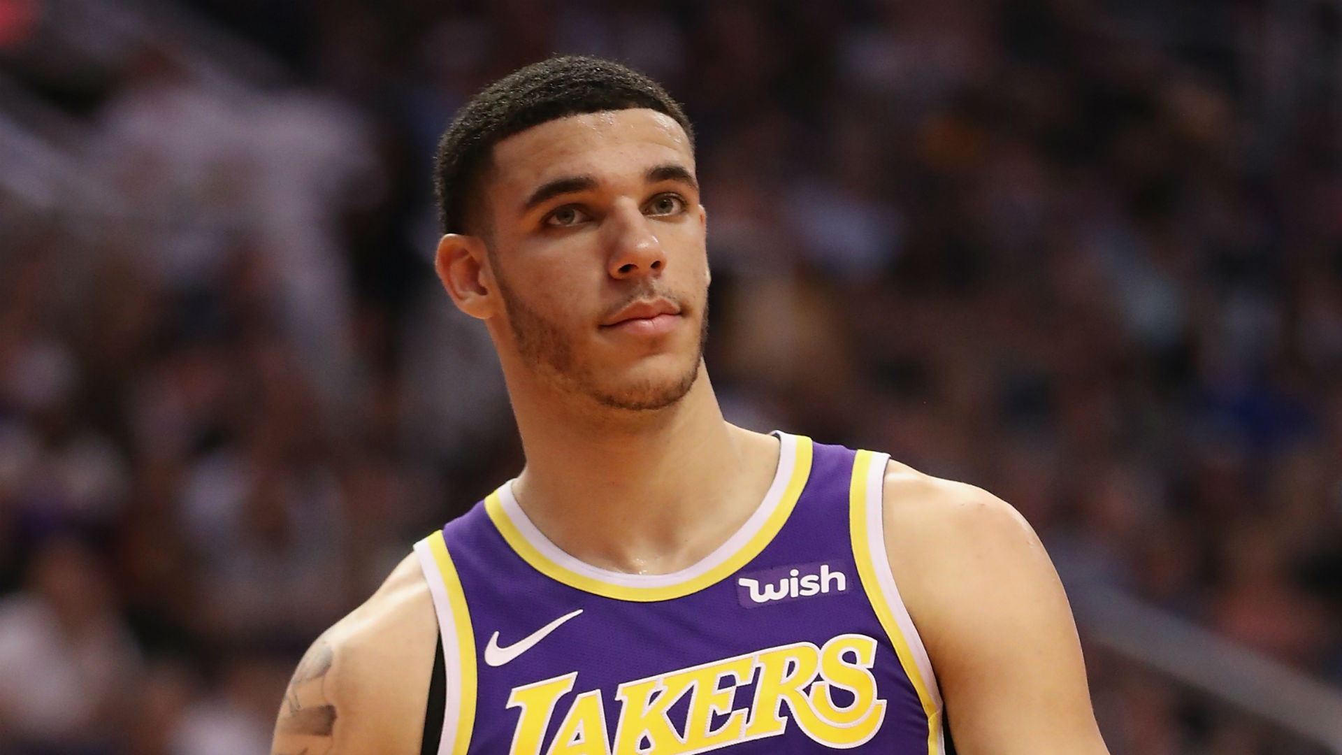 Lonzo Ball focuses on getting healthy: 'If I get traded, then I get traded'