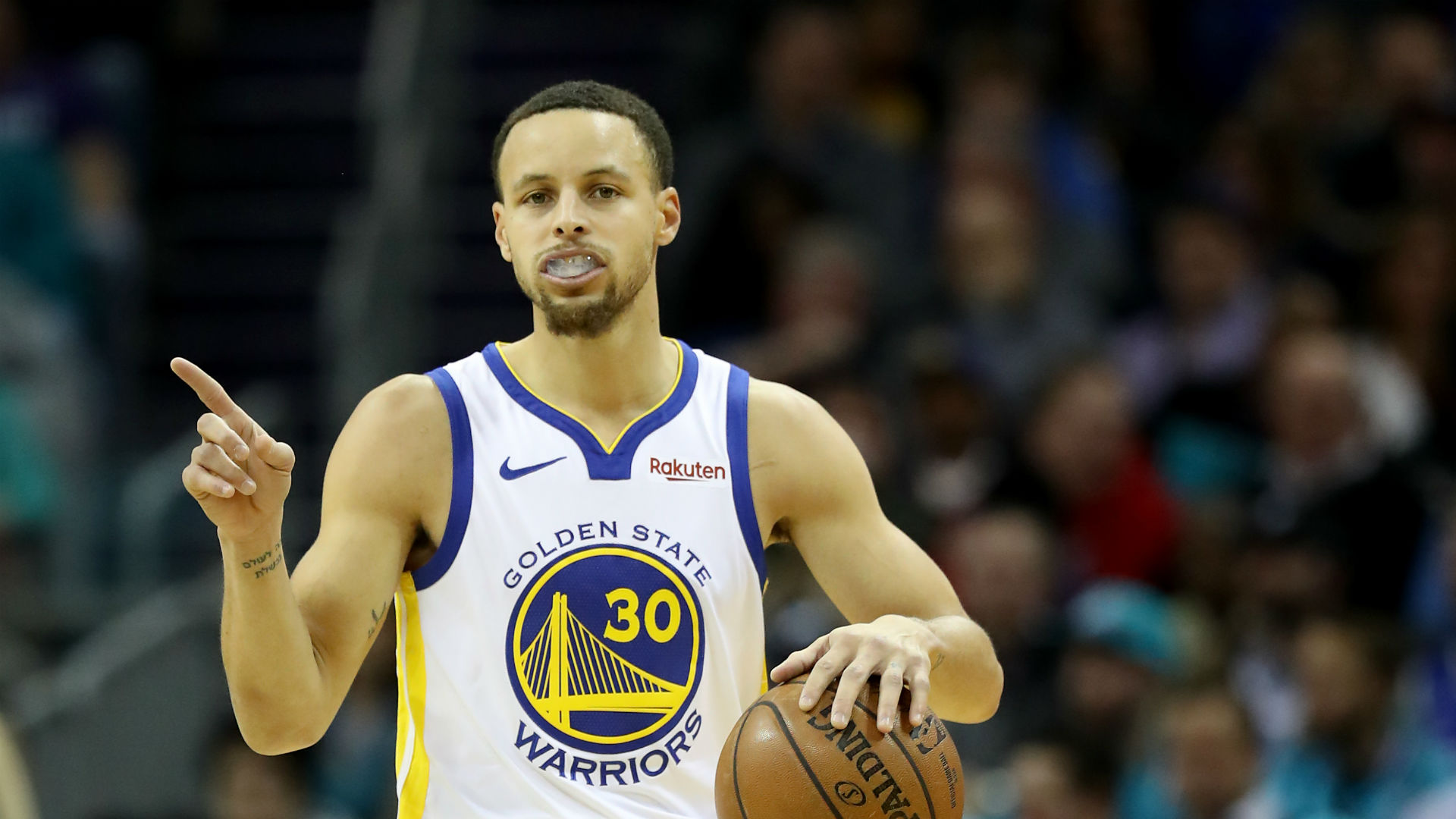 Curry hails Warriors teamwork in the absence of Durant