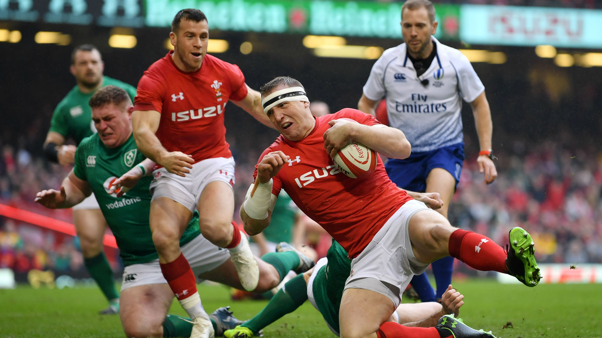 Ruthless Wales seal Grand Slam with emphatic victory
